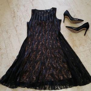 💥Host Pick💥 Black lace Fit n Flare Dress  NWOT